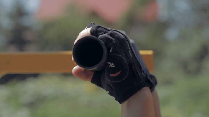 Grip of Gloves